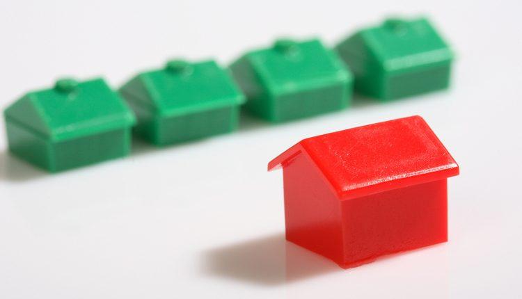 Aumenta ancora il ribasso sulle quotazioni degli immobili