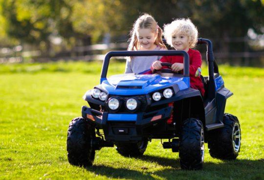 Futuro mobilità sostenibile nel segno delle auto elettriche