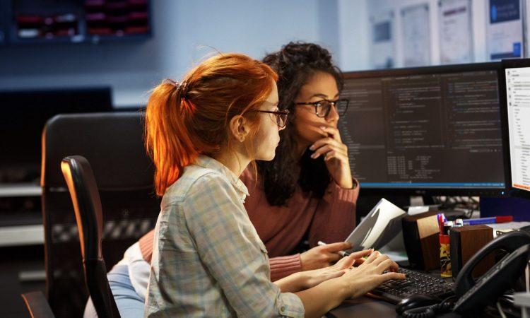L'ingegneria si tinge di rosa: le donne ingegnere sono sempre di più!